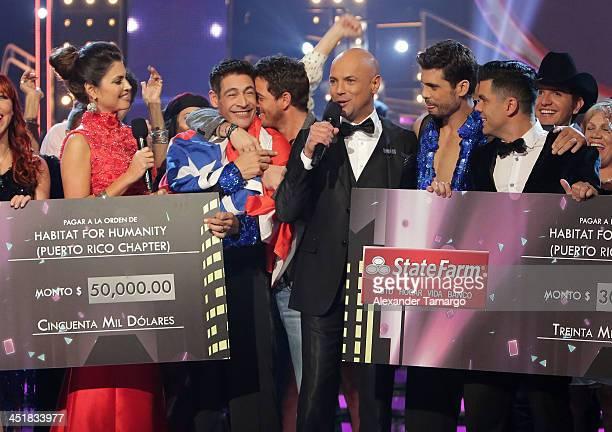 Chiquinquira Delgado Johnny Lozada Mane de la Parra Javier Poza Pedro Moreno and Anibal Marrero participate in Univision's 'Mira Quien Baila' Grand...