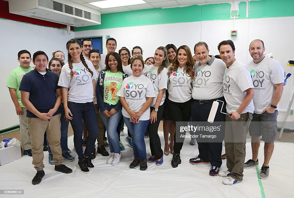 Chiquinquira Delgado, Raul de Molina, Alejandro Berry and Lindsay Casinelli are seen during Univision's Media Centers/Week of Service at Ruben Dario Middle School on April 29, 2016 in Miami, Florida.