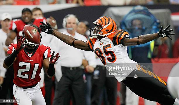 Chirstopher Owens of the Atlanta Falcons nearly picks off this pass intended for Chad Ochocinco of the Cincinnati Bengals at Georgia Dome on October...
