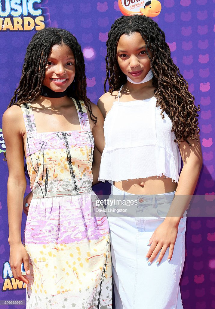Chloe and Halle attend the 2016 Radio Disney Music Awards at Microsoft Theater on April 30, 2016 in Los Angeles, California.