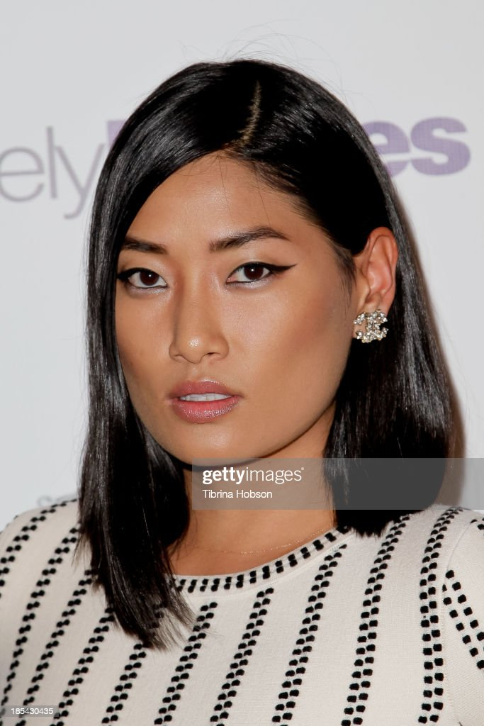 <a gi-track='captionPersonalityLinkClicked' href=/galleries/search?phrase=Chloe+Flower&family=editorial&specificpeople=7252611 ng-click='$event.stopPropagation()'>Chloe Flower</a> attends at the Unlikely Heroes' recognizing heroes awards dinner And gala at W Hollywood on October 19, 2013 in Hollywood, California.