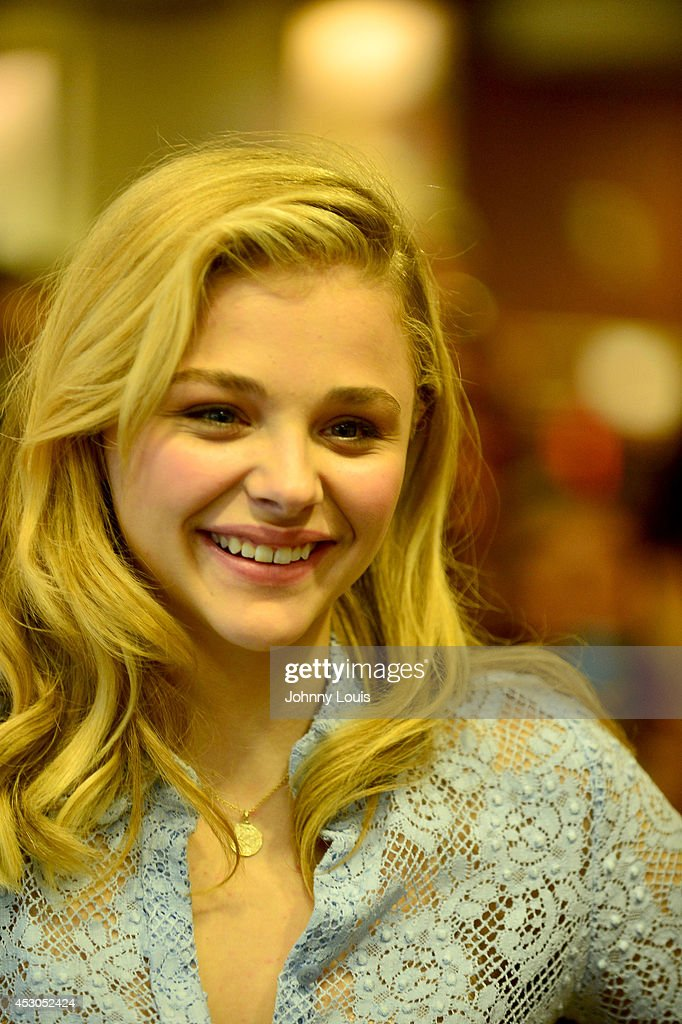 Chloe Grace Moretz signs copies of the book 'If I Stay' at Barnes & Noble Booksellers on August 1, 2014 in Miami, Florida.