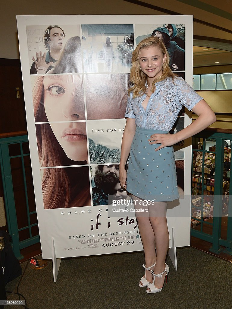 Chloe Moretz signs copies of the book 'If I Stay' at Barnes& Noble on August 1, 2014 in Miami, Florida.