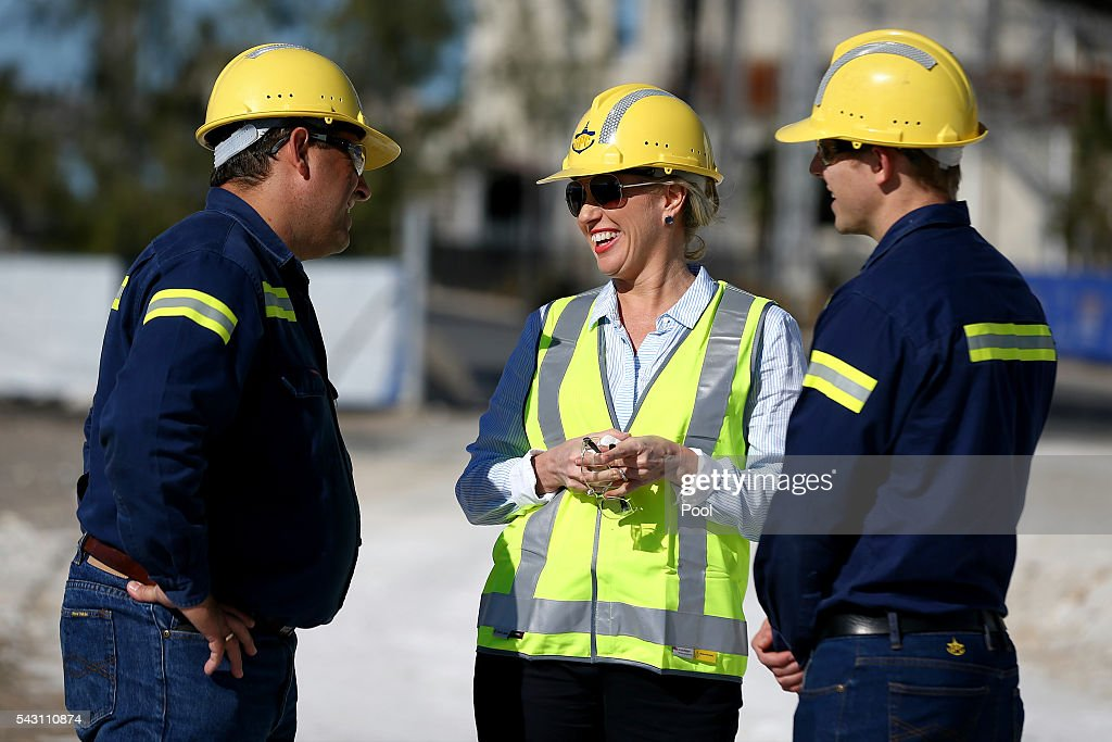 Chloe Shorten speaks with workers during a visit to the Gladstone Ports Corporation's Auckland Point Terminal, on June 26, 2016 in Gladstone, Queensland. Shorten continues to campaign leading up to the July 2nd elections. (Photo by Alex Ellinghausen-Pool/Getty Images