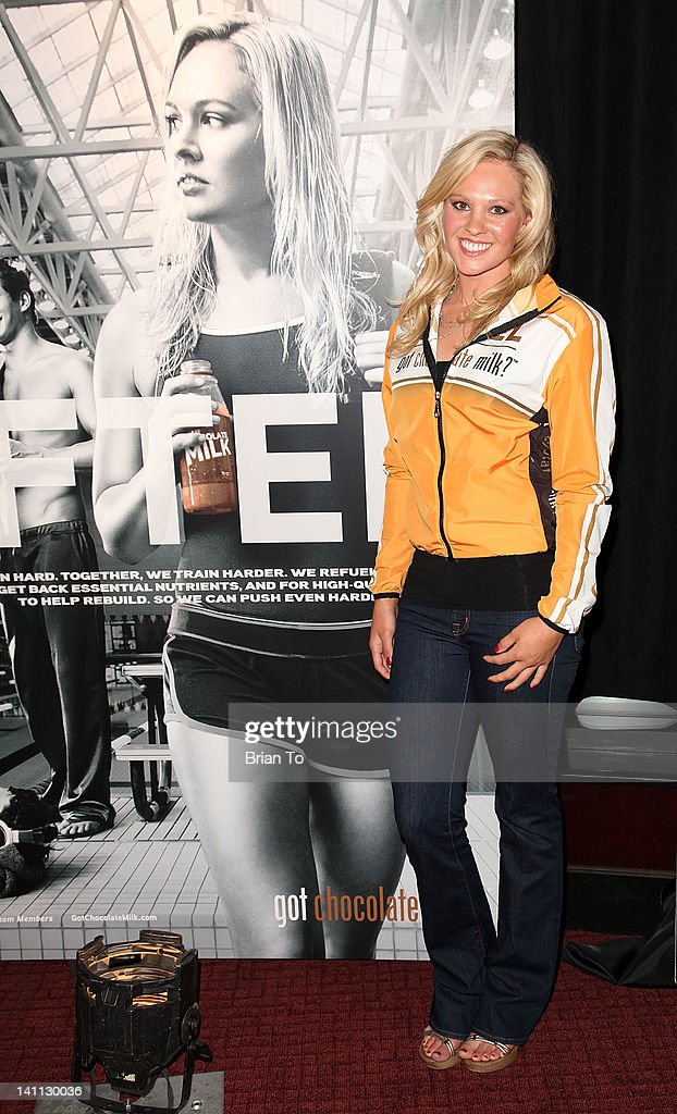 <a gi-track='captionPersonalityLinkClicked' href=/galleries/search?phrase=Chloe+Sutton&family=editorial&specificpeople=710961 ng-click='$event.stopPropagation()'>Chloe Sutton</a> attends Olympic athletes 'Got Milk?' announcement at ESPN Zone At L.A. Live on March 10, 2012 in Los Angeles, California.