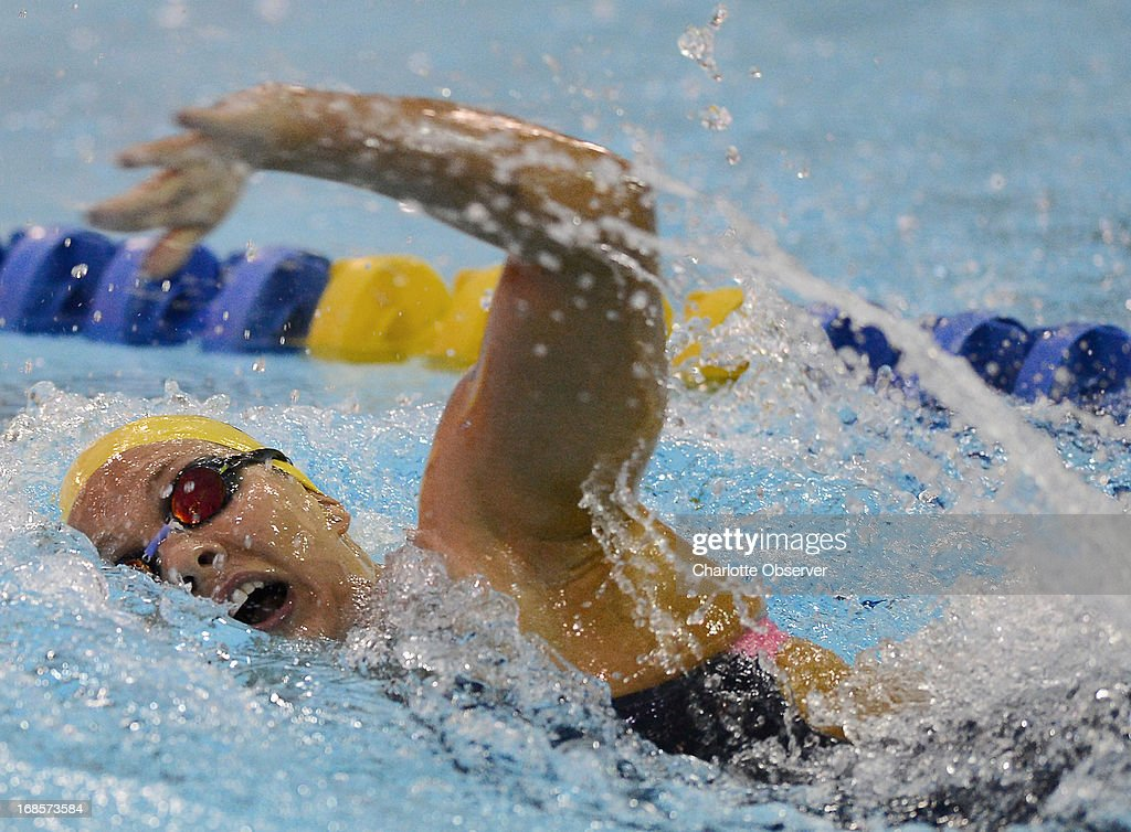 Chloe Sutton of Mission Viejo Nadadores competes in the women's 400m Freestyle A-Final at the Mecklenburg County Aquatic Center in Charlotte, North Carolina, on Saturday, May 11, 2013.
