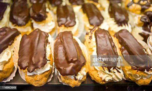 Chocloate éclairs