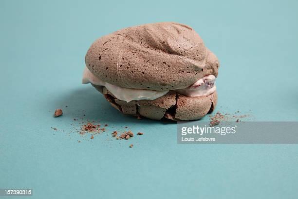 chocolale meringues