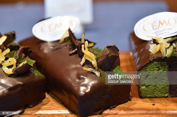 Chocolate based deserts created by two major French and Japanese pastry chefs are presented on October 25 in Abidjan using cocoa from Ivory Coast the...