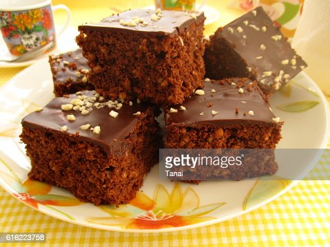 Chocolate cake with almonds : Bildbanksbilder