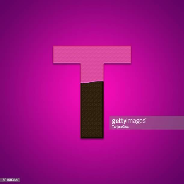 Pas de lettres de bonbons au chocolat isolé sur fond rose