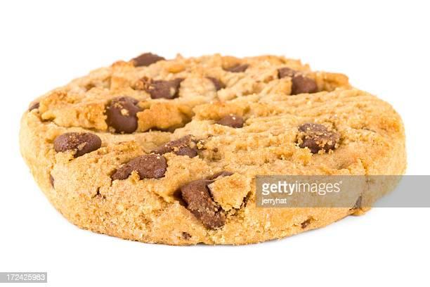Biscotto con gocce di cioccolato mid-angolo retto
