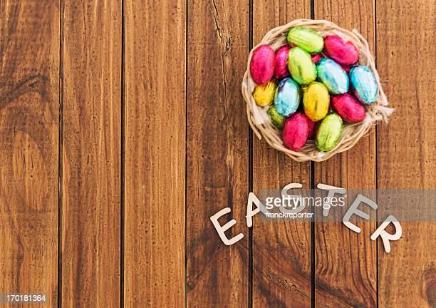 composition oeufs de Pâques au chocolat