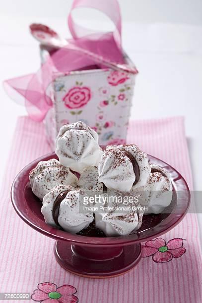 Chocolate-filled meringues