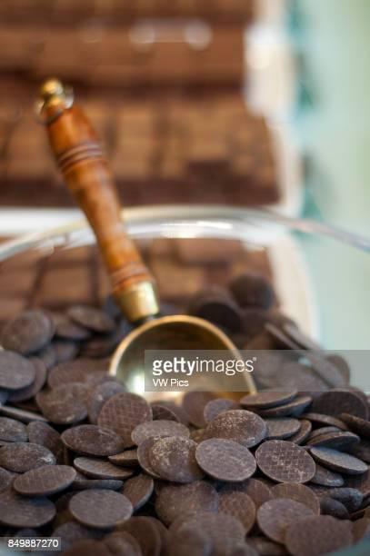 Chocolates at Frederic Blondeel chocolatier shop Brussels Belgium Si hay un producto conocido de B_lgica ese es su chocolate Por toda Bruselas y en...
