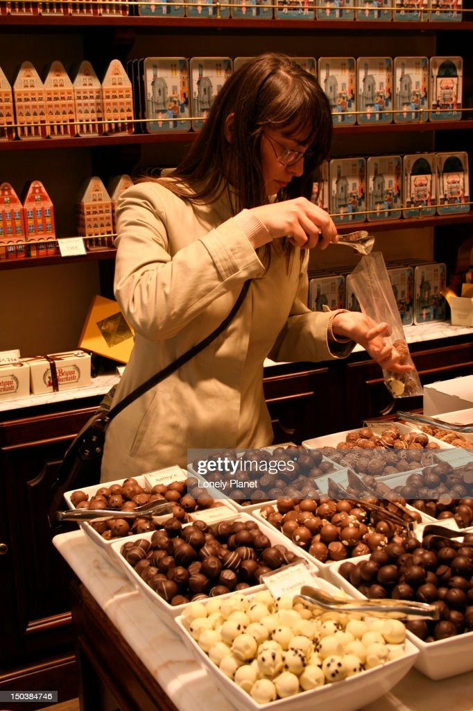 Chocolatier in Galeries St Hubert. : Stock Photo