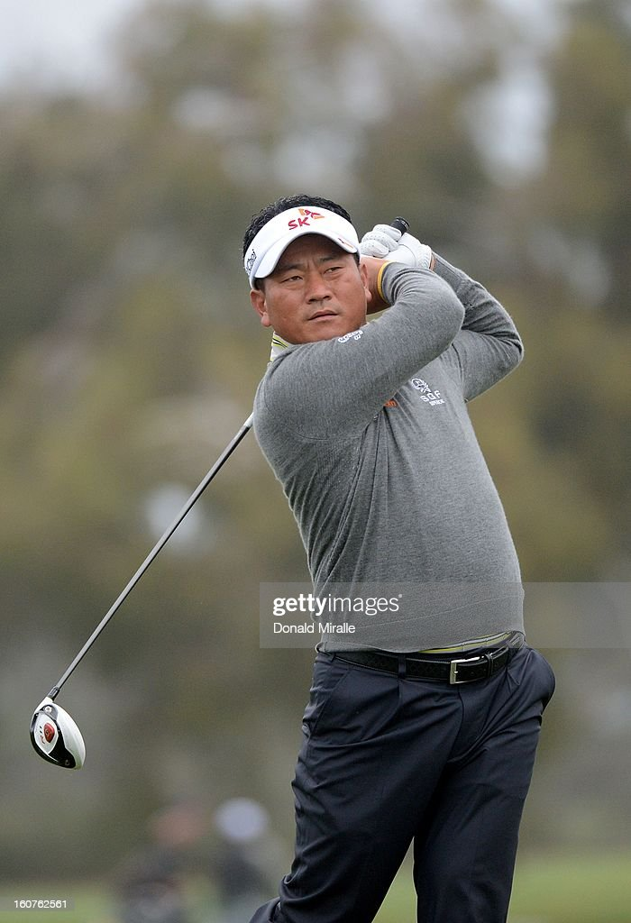 K.J. Choi hits off the tee box during the Third Round at the Farmers Insurance Open at Torrey Pines South Golf Course on January 27, 2013 in La Jolla, California.
