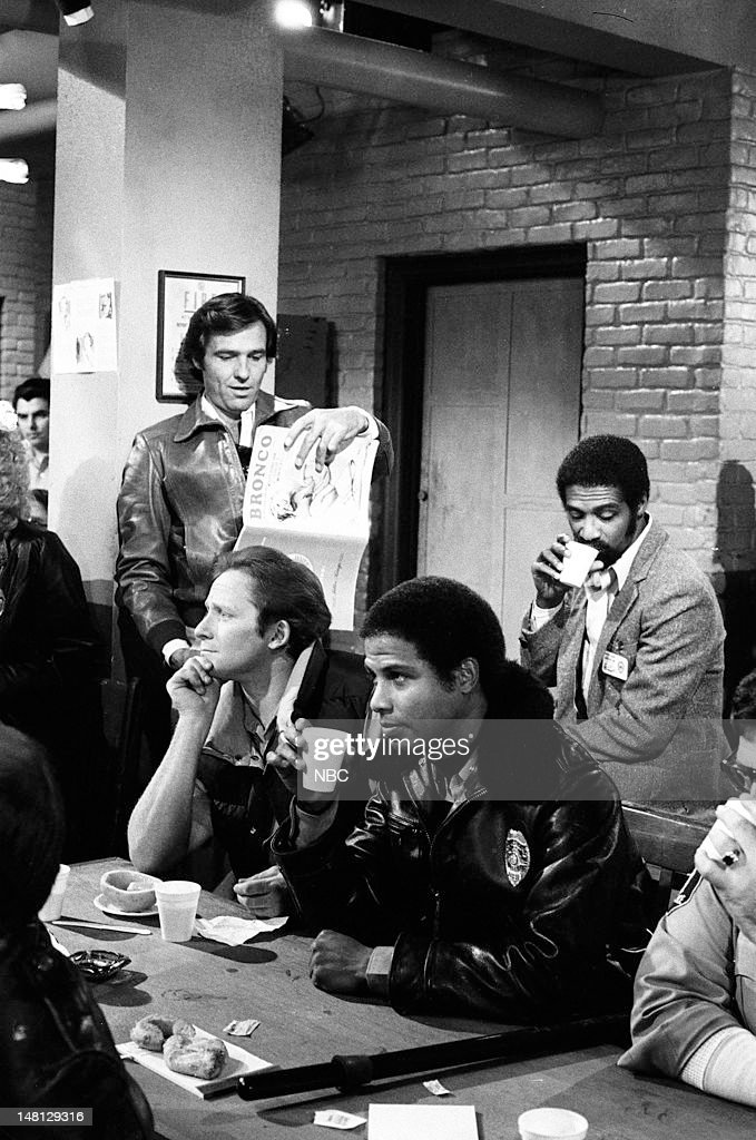 BLUES -- 'Choice Cut' Episode 107 -- Pictured: (l-r) Kiel Martin as Det. Johnny 'J.D.' LaRue, Charles Haid as Officer Andy Renko, Michael Warren as Officer Bobby Hill, Taurean Blacque as Det. Neal Washington --