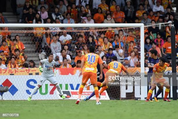 Chong Tese of Shimizu SPulse shoots at goal during during the JLeague J1 match between Shimizu SPulse and Sanfrecce Hiroshima at IAI Stadium...