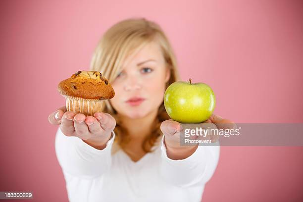 Choose between cake and apple