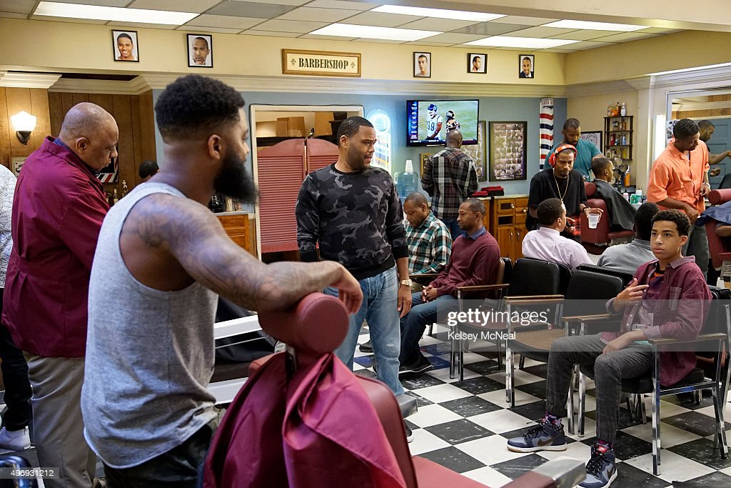 ISH 'Chop Shop' While Bow prepares for the Johnson family's annual Christmas card shoot Dre takes Junior and Jack to the Barber Shop to get a hair...