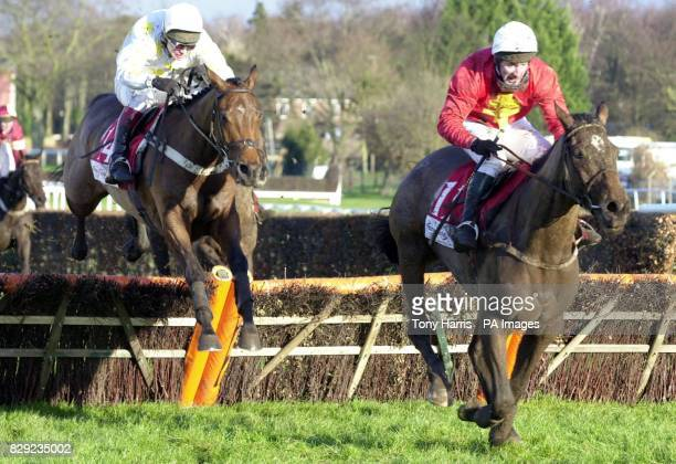 Chopneyev ridden by Richard Johnson up goes on to beat Camden Tanner ridden by Jim Culloty to win The Tote Scoop 6 Sandown H'cap Hurdle Race at...