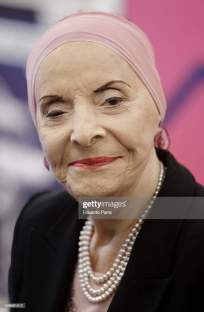 Choreographer Alicia Alonso attends 'Swan lake' and 'Cindirella' press conference at El Canal theatre on September 22, 2011 in Madrid, Spain.