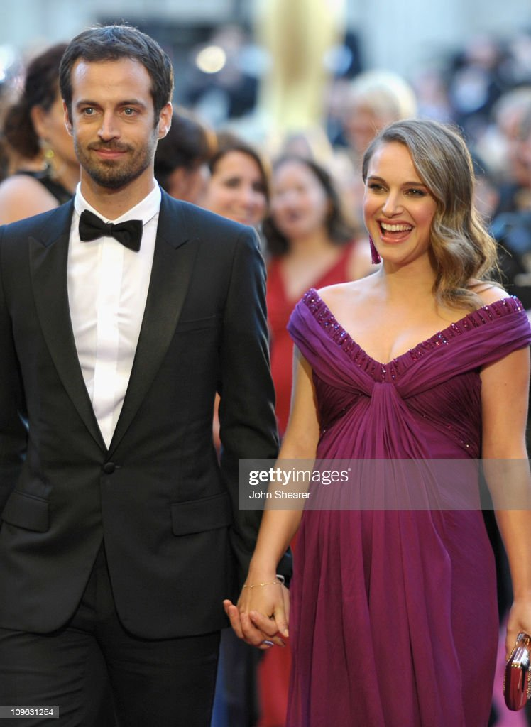 Choreographer <a gi-track='captionPersonalityLinkClicked' href=/galleries/search?phrase=Benjamin+Millepied&family=editorial&specificpeople=6539957 ng-click='$event.stopPropagation()'>Benjamin Millepied</a> and actress <a gi-track='captionPersonalityLinkClicked' href=/galleries/search?phrase=Natalie+Portman&family=editorial&specificpeople=202035 ng-click='$event.stopPropagation()'>Natalie Portman</a> arrive at the 83rd Annual Academy Awards held at the Kodak Theatre on February 27, 2011 in Hollywood, California.