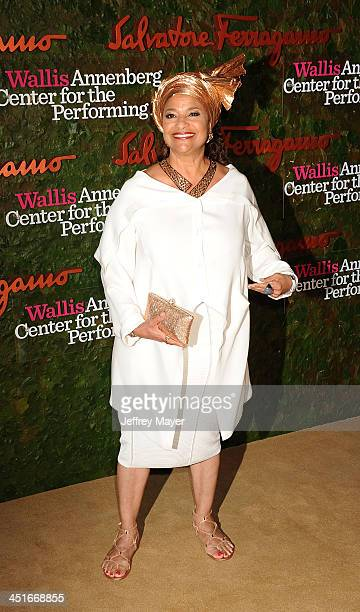 Choreographer Debbie Allen arrives at the Wallis Annenberg Center For The Performing Arts Inaugural Gala at Wallis Annenberg Center for the...