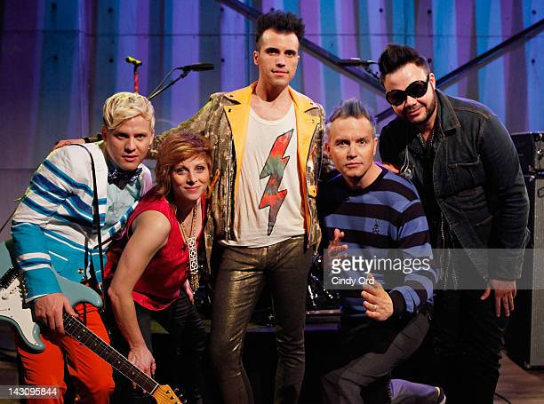 Chris Allen Elaine Bradley Tyler Glenn and Branden Campbell of Neon Trees pose with fuse host/ musician Mark Hoppus at a taping of fuse's 'Hoppus on...