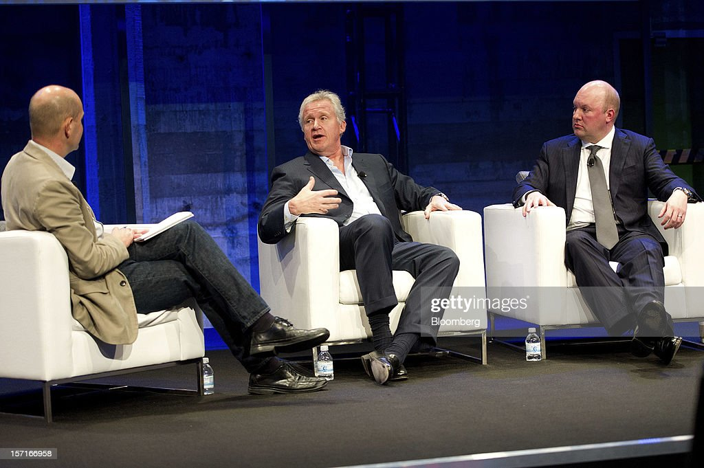 Chris Anderson, editor-in-chief, Wired Magazine, left, and and Marc Andreessen, co-founder and partner Andreessen Horowitz, right, listen to Jeffrey 'Jeff' Immelt, chairman and chief executive officer of General Electric Co. (GE), center, during a panel discussion at the Minds + Machines 2012: Unleashing the Industrial Internet conference in San Francisco, California, U.S., on Thursday, Nov. 29, 2012. Thought leaders from across business, technology and academia will gather at the Minds + Machines 2012 conference to discuss the power of the Industrial Internet and why it matters. Photographer: David Paul Morris/Bloomberg via Getty Images