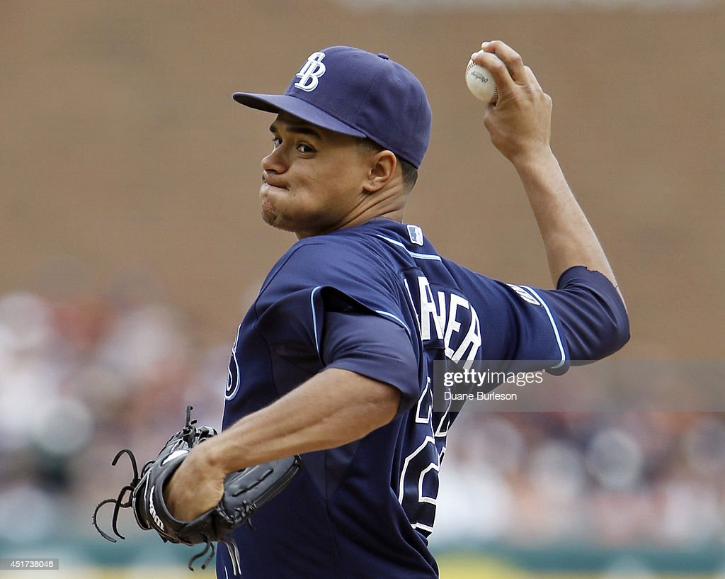 Chris Archer #22 of the Tampa Bay Rays pitches against the Detroit Tigers during the first inning at Comerica Park on July 5, 2014 in Detroit, Michigan.