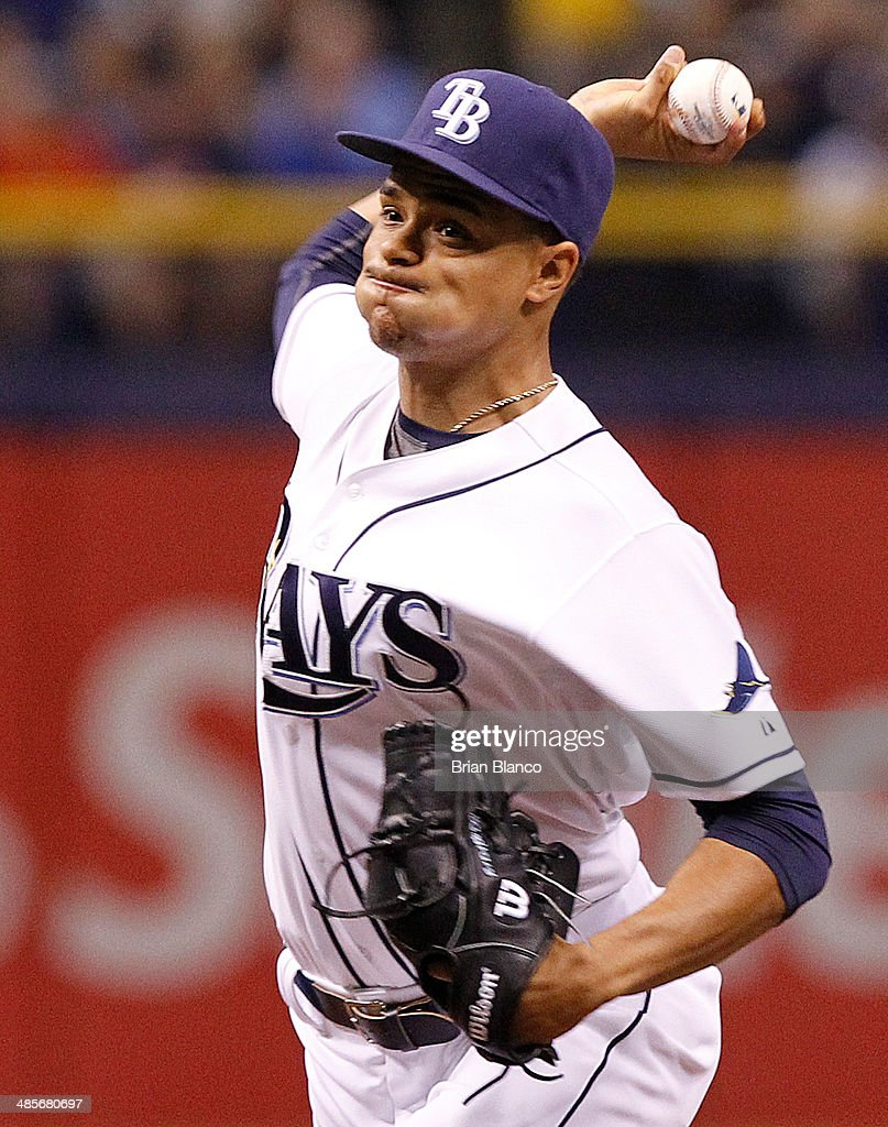 Chris Archer #22 of the Tampa Bay Rays pitches during the first inning of a game against the New York Yankees on April 19, 2014 at Tropicana Field in St. Petersburg, Florida.