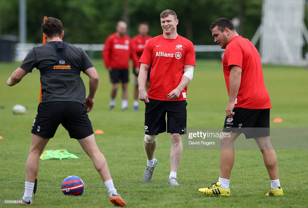 <a gi-track='captionPersonalityLinkClicked' href=/galleries/search?phrase=Chris+Ashton&family=editorial&specificpeople=2649431 ng-click='$event.stopPropagation()'>Chris Ashton</a> looks on during the Saracens training session held on May 24, 2016 in St Albans, England.