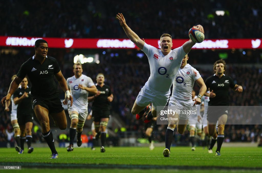 Chris Ashton of England goes over to score a try during the QBE International match between England and New Zealand at Twickenham Stadium on December 1, 2012 in London, England.