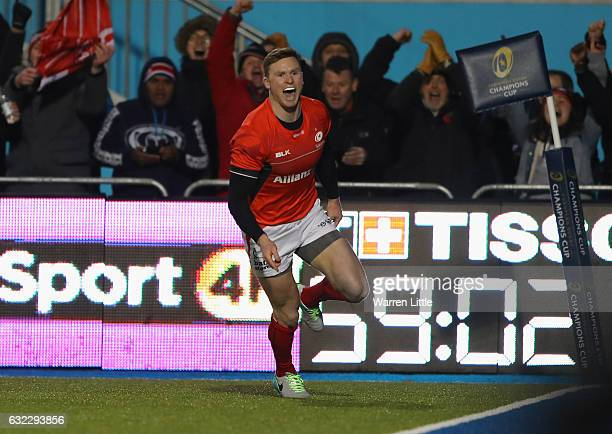 Chris Ashton of Saracens scores the first try during the European Rugby Champions Cup between Saracens and RC Toulon at Allianz Park on January 21...
