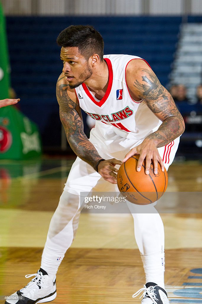 <a gi-track='captionPersonalityLinkClicked' href=/galleries/search?phrase=Chris+Babb&family=editorial&specificpeople=5758599 ng-click='$event.stopPropagation()'>Chris Babb</a> #14 of the Maine Red Claws looks for an opening to pass against the Erie BayHawks defense on December 19, 2014 at the Portland Expo in Portland, Maine.