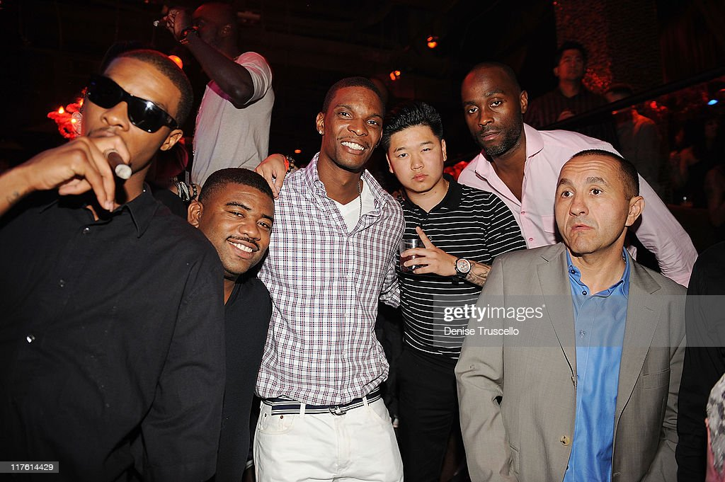 <a gi-track='captionPersonalityLinkClicked' href=/galleries/search?phrase=Chris+Bosh&family=editorial&specificpeople=201574 ng-click='$event.stopPropagation()'>Chris Bosh</a> (C) attends TAO Nightclub at the Venetian on June 25, 2011 in Las Vegas, Nevada.