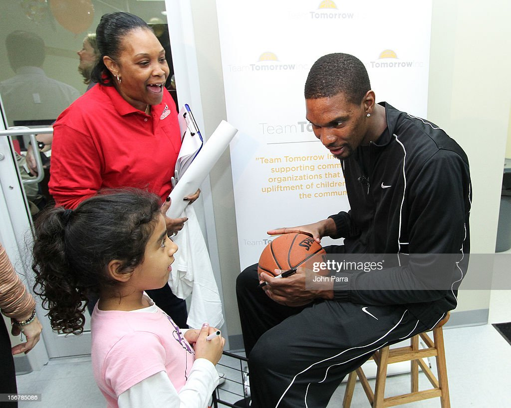 <a gi-track='captionPersonalityLinkClicked' href=/galleries/search?phrase=Chris+Bosh&family=editorial&specificpeople=201574 ng-click='$event.stopPropagation()'>Chris Bosh</a> attends the 2nd year with the Chapman Partnership to help feed the local families of Miami this Thanksgiving at Chapman Partnership on November 20, 2012 in Miami, Florida.