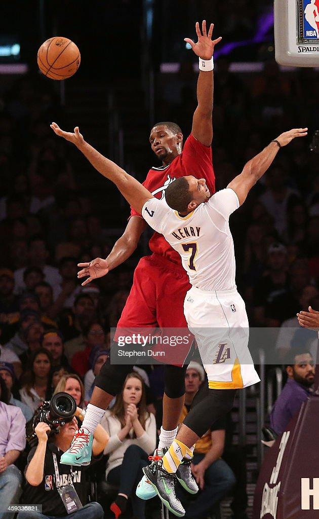 <a gi-track='captionPersonalityLinkClicked' href=/galleries/search?phrase=Chris+Bosh&family=editorial&specificpeople=201574 ng-click='$event.stopPropagation()'>Chris Bosh</a> #1 of the Miami Heat <a gi-track='captionPersonalityLinkClicked' href=/galleries/search?phrase=Xavier+Henry&family=editorial&specificpeople=5792007 ng-click='$event.stopPropagation()'>Xavier Henry</a> #7 of the Los Angeles Lakers fight for the ball at Staples Center on December 25, 2013 in Los Angeles, California. The Heat won 101-95.