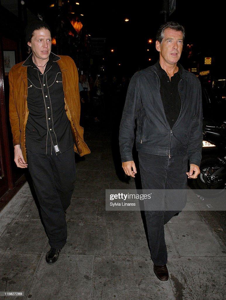 Celebrity Sightings At Mango Restaurant In London - June 07, 2007