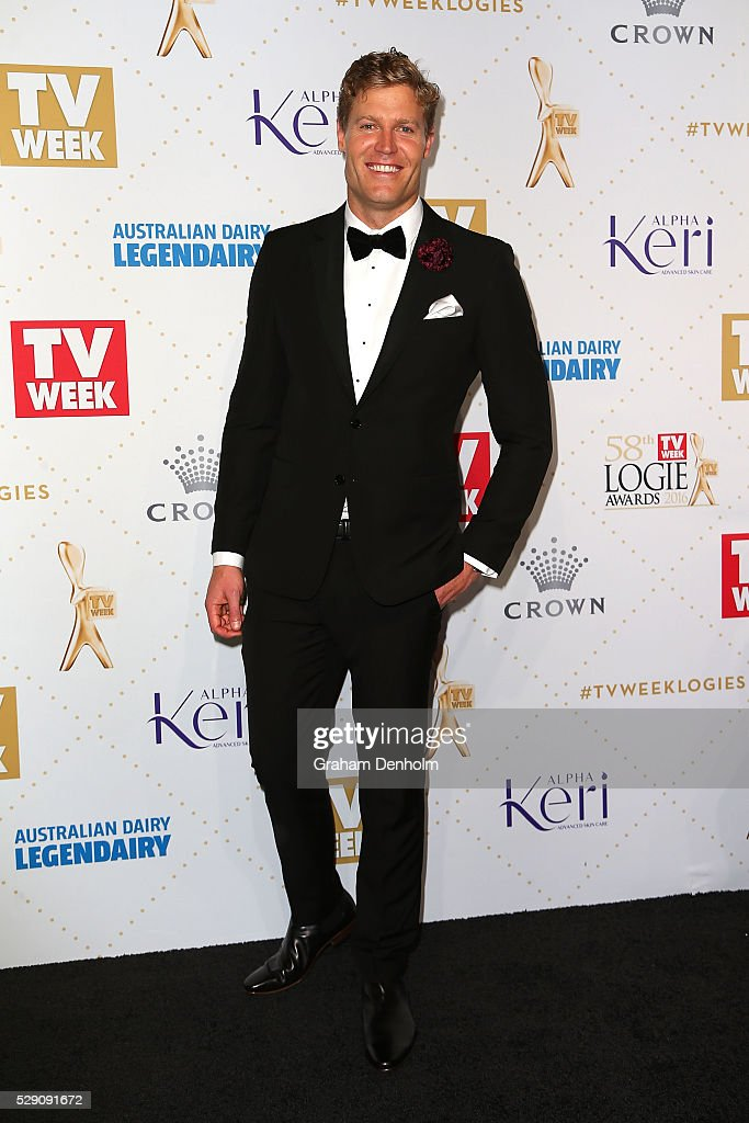 Chris Brown arrives at the 58th Annual Logie Awards at Crown Palladium on May 8, 2016 in Melbourne, Australia.