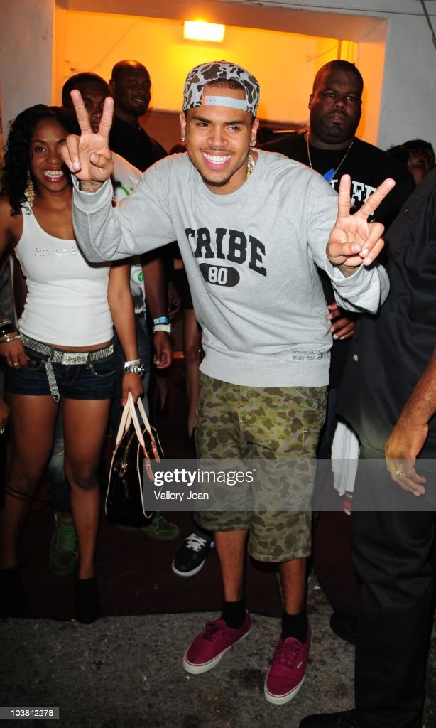 <a gi-track='captionPersonalityLinkClicked' href=/galleries/search?phrase=Chris+Brown+-+Singer&family=editorial&specificpeople=4452016 ng-click='$event.stopPropagation()'>Chris Brown</a> leaving the club after hosting the 400 Club at Lux on September 3, 2010 in Miami Beach, Florida.
