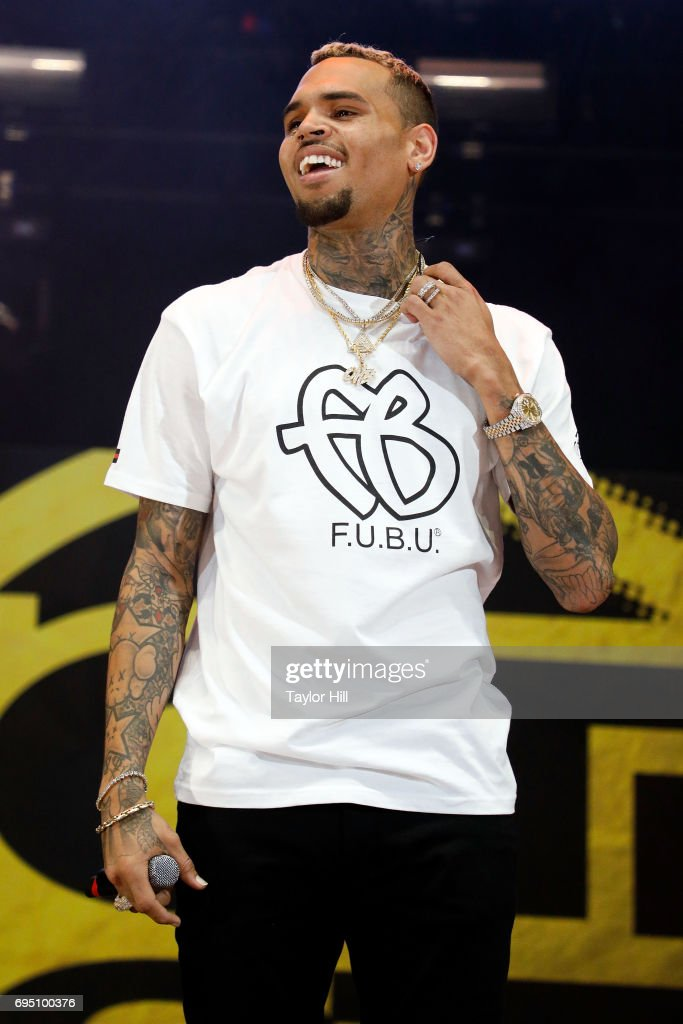 Chris Brown performs during the 2017 Hot 97 Summer Jam at MetLife Stadium on June 11, 2017 in East Rutherford, New Jersey.