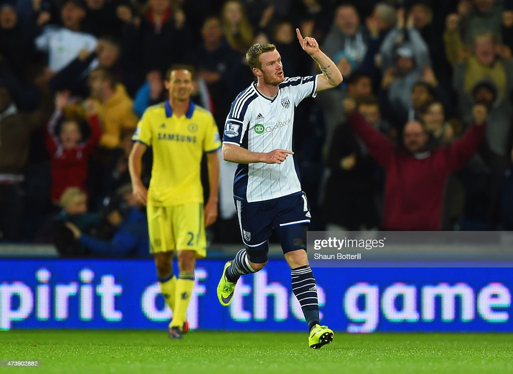<a gi-track='captionPersonalityLinkClicked' href=/galleries/search?phrase=Chris+Brunt&family=editorial&specificpeople=809047 ng-click='$event.stopPropagation()'>Chris Brunt</a> of West Bromwich Albion celebrates as he scores their third goal during the Barclays Premier League match between West Bromwich Albion and Chelsea at The Hawthorns on May 18, 2015 in West Bromwich, England.