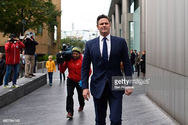 Chris Cairns arrives at Southwark Crown Court on October 15 2015 in London England The former New Zealand cricketer Chris Cairns is currently in...