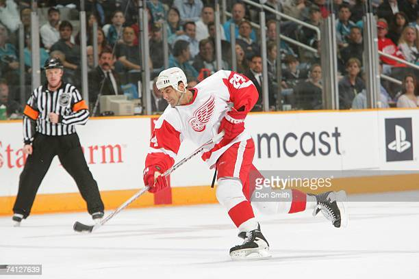 Chris Chelios of the Detroit Red Wings shoots the puck during Game 4 of the 2007 NHL Western Conference Semifinals against the San Jose Sharks on May...