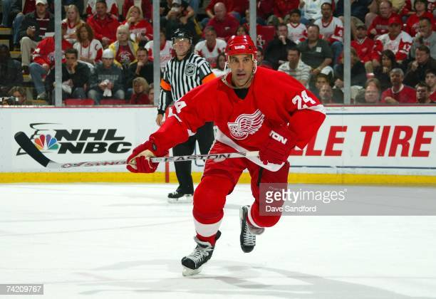 Chris Chelios of the Detroit Red Wings skates against the Anaheim Ducks in game five of the 2007 Western Conference finals during the NHL Playoffs on...
