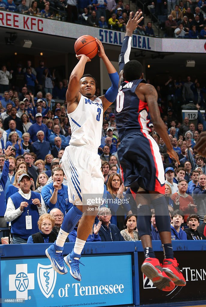 Chris Crawford #3 of the Memphis Tigers shoots a jumpshot against Gerard Coleman #0 of the Gonzaga Bulldogs on February 8, 2014 at FedExForum in Memphis, Tennessee. Memphis beat Gonzaga 60-54.