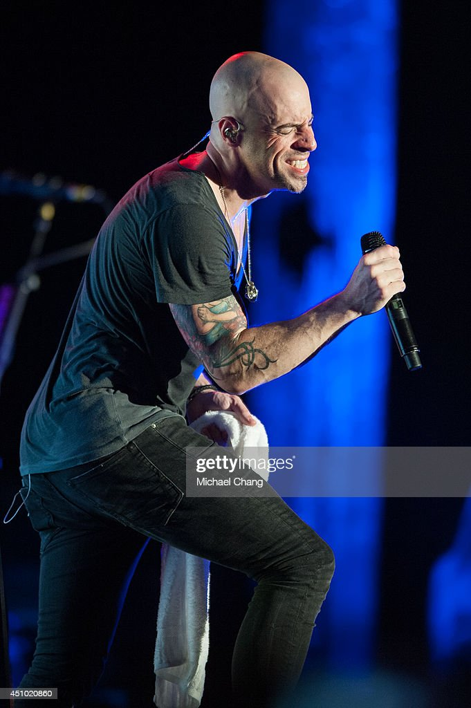Chris Daughtry perform in concert at The Amphitheater at the Wharf on June 21, 2014 in Orange Beach, Alabama.